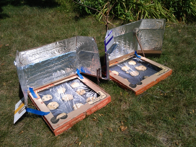 Baking Cookies In A Solar Oven Homeschool Discoveries